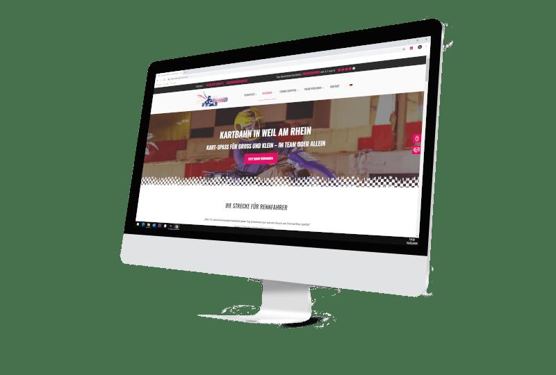 Bildschirm mit Webseite Firma Kartraceland